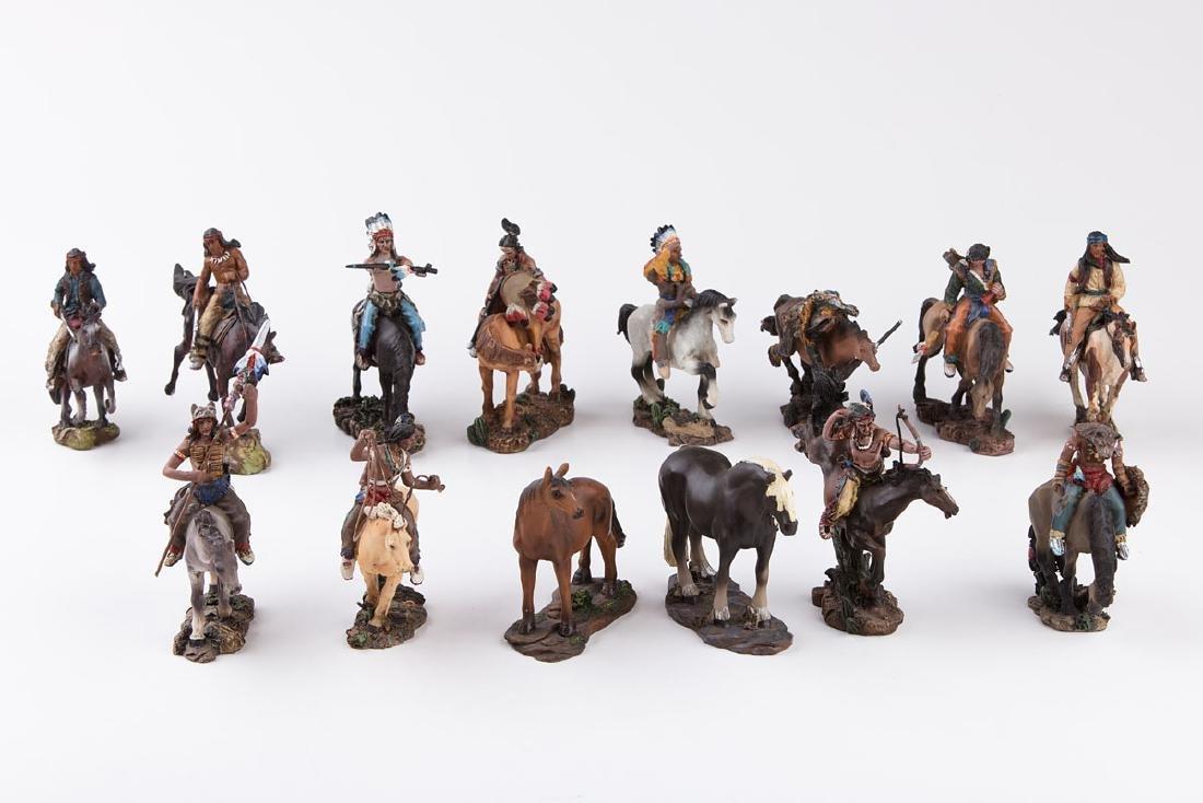 [FAR WEST] SANS MARQUE - Far West. 12 Indiens à cheval