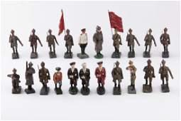 [RUSSIE] DURSO - Armée rouge. 3 officiers défilant, 3