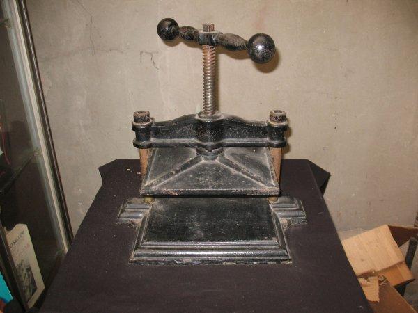 2: Presse de notaire Matériel Reliure Binding Material