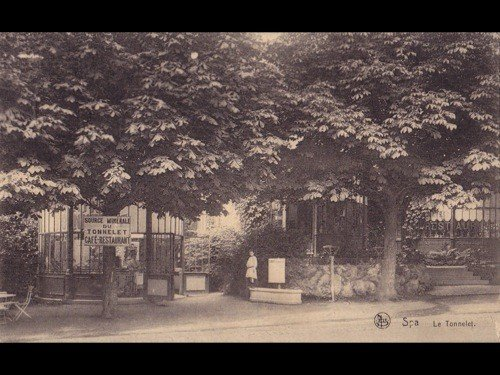 22: Liège (Province de). Environ 170 cartes postales.