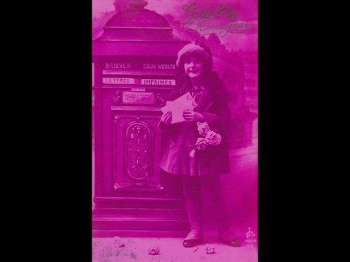 4: Fantaisie. Environ 250 cartes postales.
