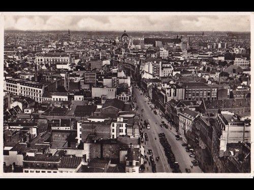 11: Anvers. Environ 170 cartes postales.