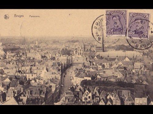 13: Bruges. Environ 300 cartes postales.