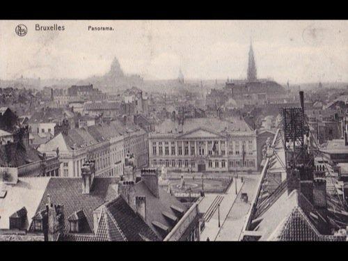 14: Bruxelles-ville. Environ 350 cartes postales.