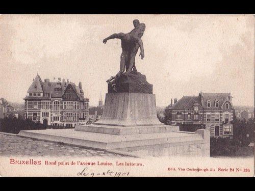 14: Bruxelles-ville. Environ 350 cartes postales. - 3