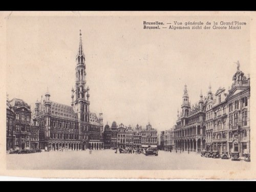 16: Bruxelles : Grand-Place, La Bourse... Environ 360 c