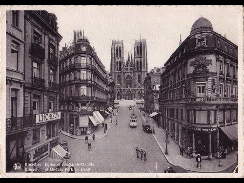 21: Bruxelles : Sainte-Gudule, Colonne du Congrè