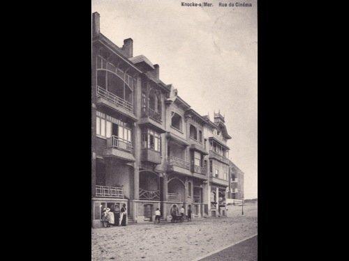 6: La Côte. Environ 250 cartes postales.