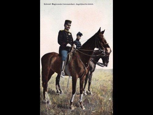[Militaria] Armée hollandaise. 90 cartes postales.