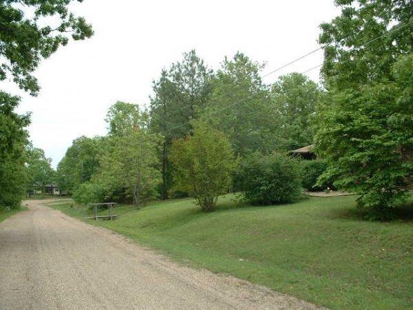 Arkansas Resort Land w/Lakes, Boating & Fishing