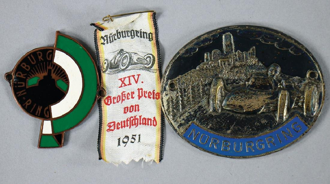 mixed lot with 3 pieces, No. 1: badge Nürburgring,