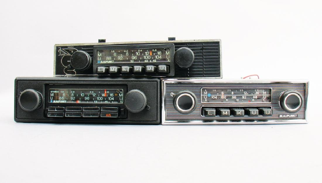 BLAUPUNKT mixed lot with 3 pieces, consists of 3 car