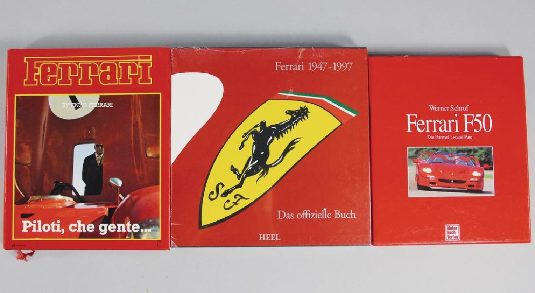 FERRARI mixed lot with 3 pieces, books, among it the