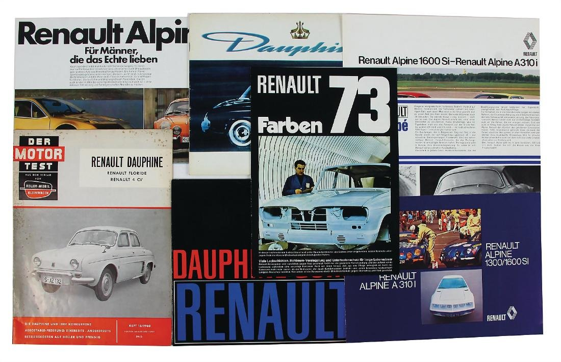 RENAULT mixed lot with 7 pieces, sales brochures, among