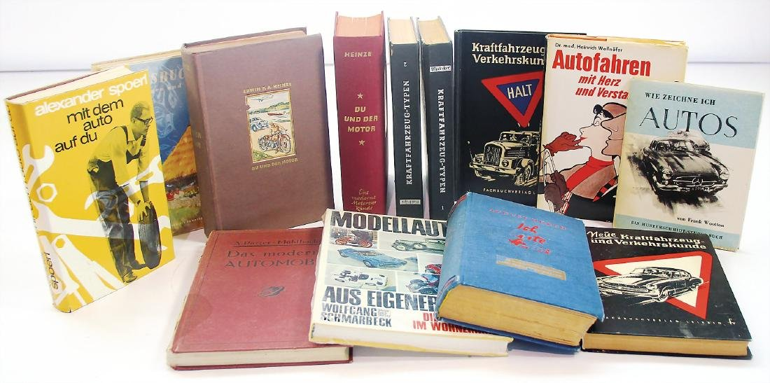 "mixed lot with 13 pieces, books, among it ""Das moderne"