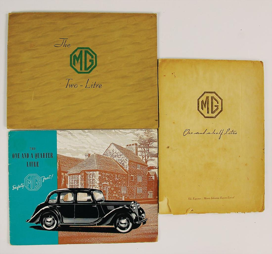 "MG mixed lot with 3 pieces, sales folder ""The MG 2"