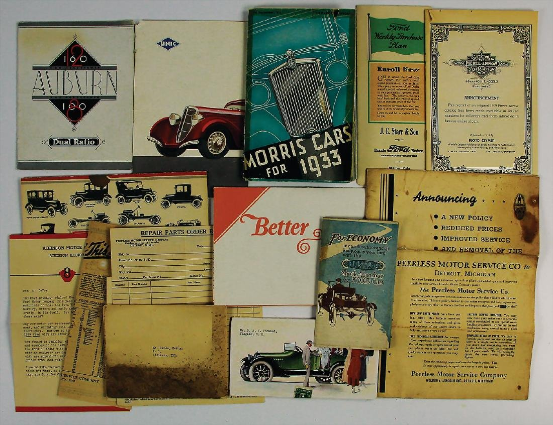 mixed lot with 13 pieces, sales brochures from the