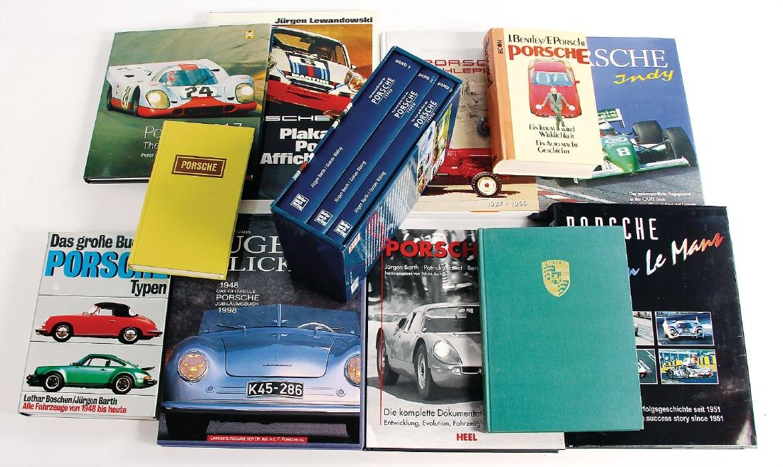 "PORSCHE mixed lot of books with 14 pieces, ""Porsche in"