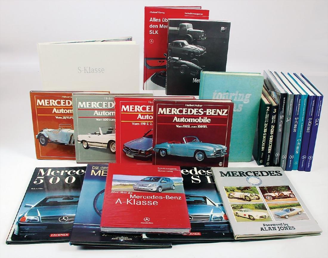 MERCEDES-BENZ mixed lot of books Mercedes-Benz 22