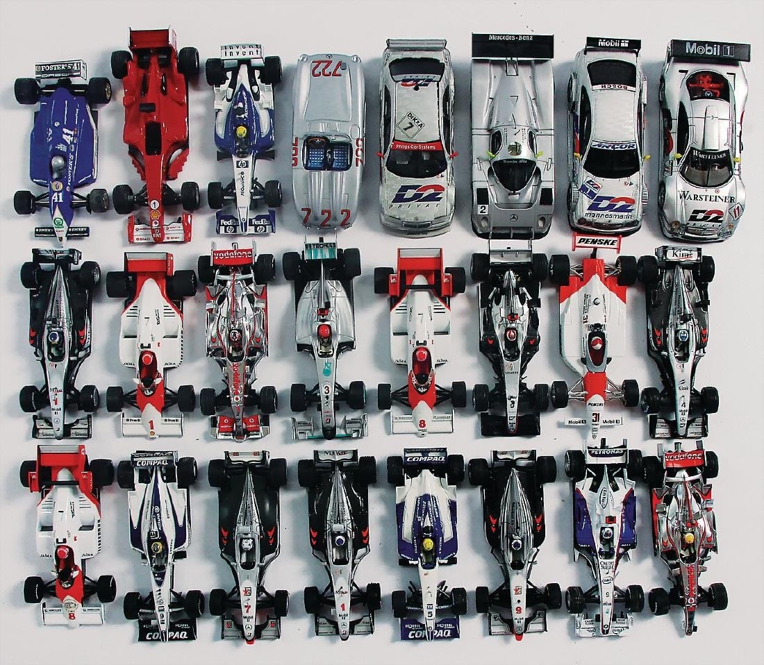 mixed lot, 50 model cars with a scale of 1:43,