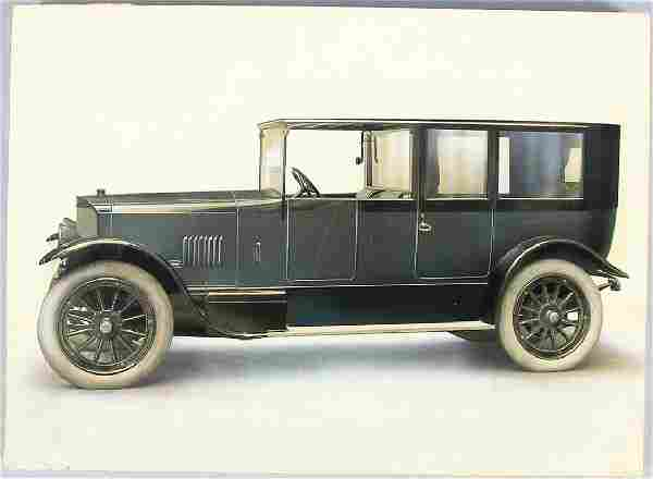 early '20s, probably Benz & Cie. Luxus-Landaulet, car