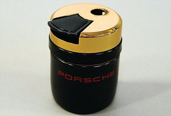 1601:  PORSCHE lighter, ceramic, with Porsche signature