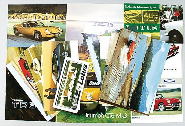 2733: dealer mixed lot of 41 brochures and sales catalo