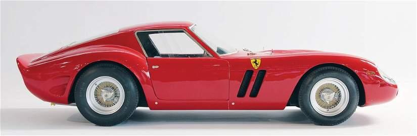 FERRARI / BELL wonderful hand-crafted model car Ferrari