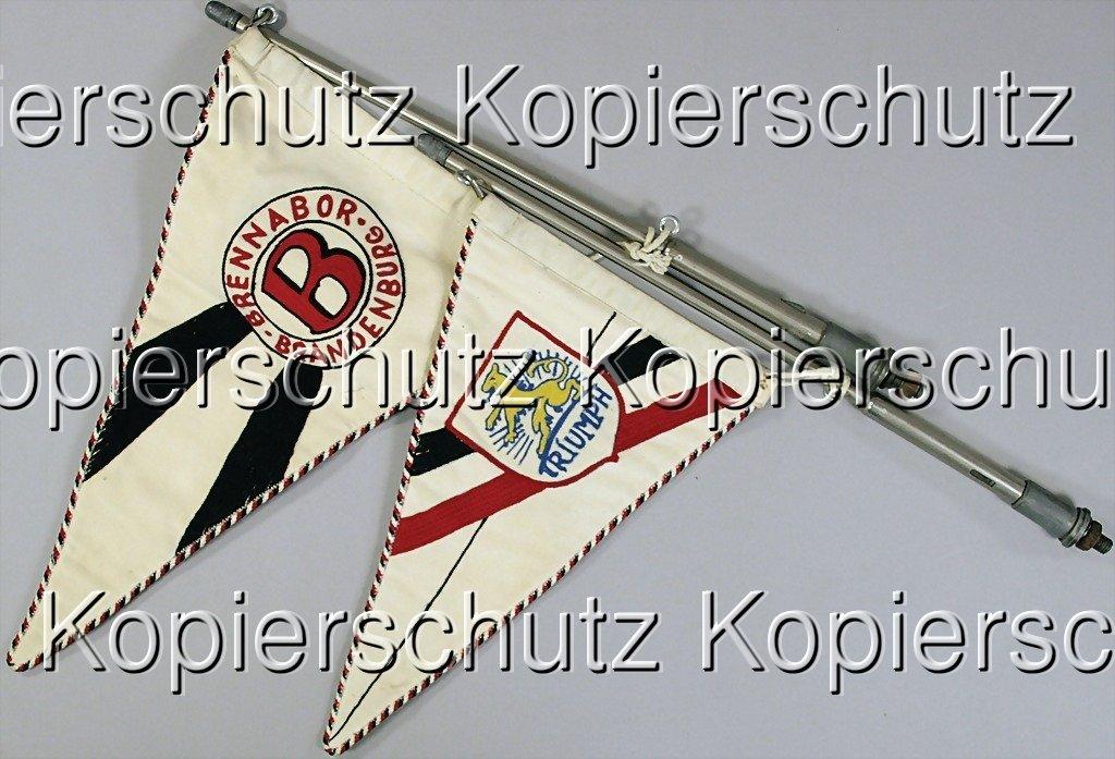 2206: mixed lot of 2 standards, 1x Brennabor Brandenbur