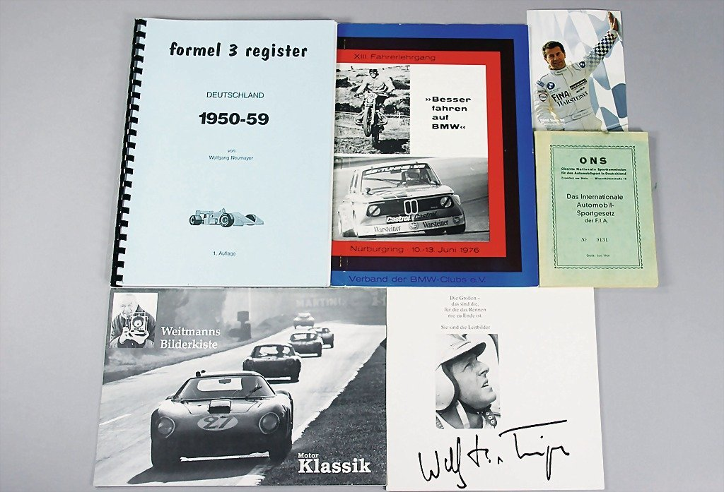 112: mixed lot OF 11 pieces, e.g. twice brochure count