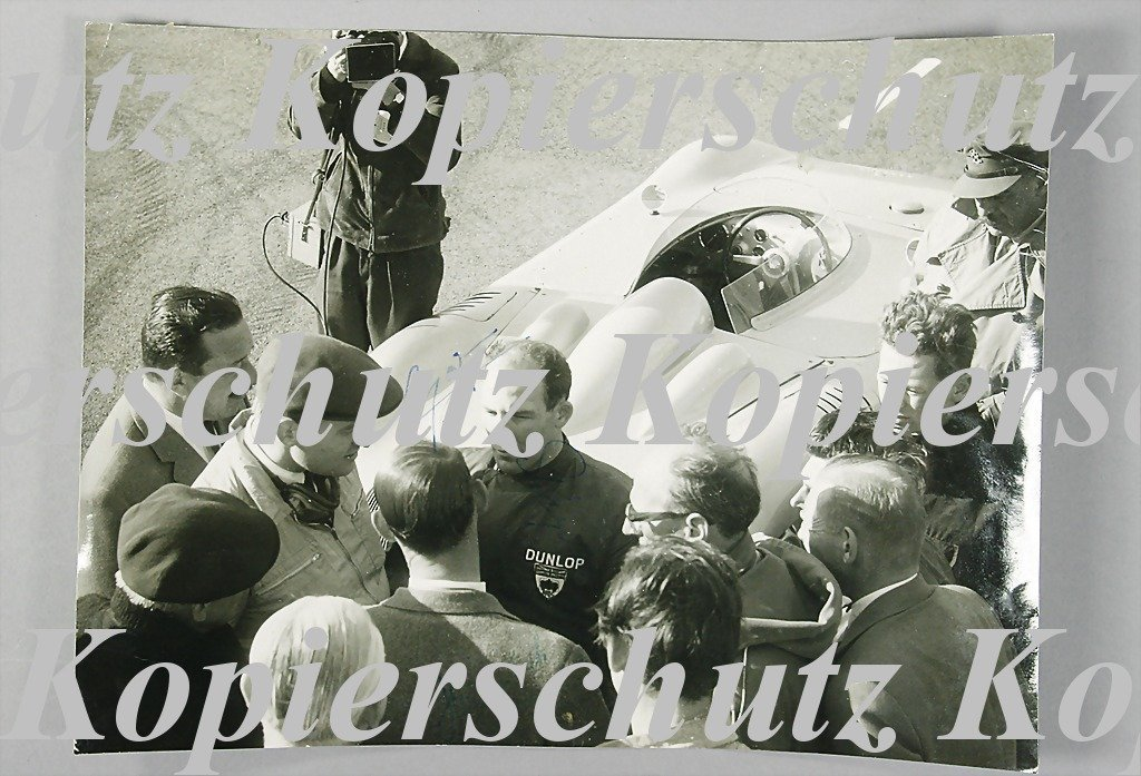 1723: PORSCHE signed B/W photo, RSK 61 Mittellenker (th