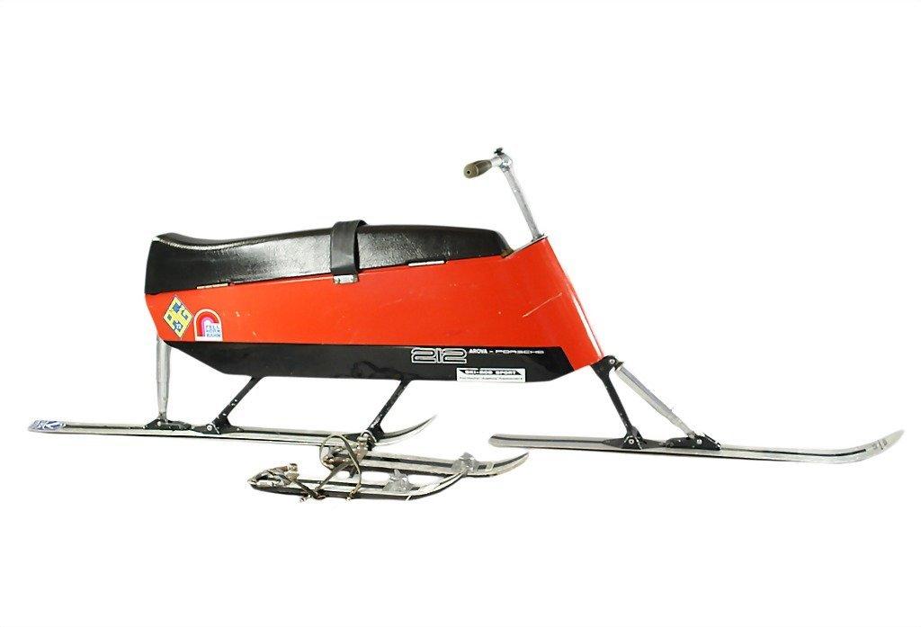 3072: PORSCHE/AROVA ski-bobsled type 212 by 1971 with s