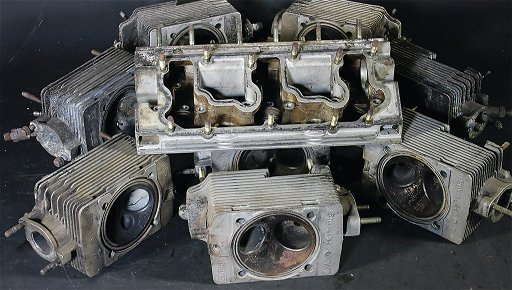 PORSCHE mixed lot of cylinder heads, 9 pieces, among