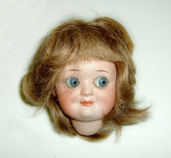020: Doll «Googeli Head» DMAICOL