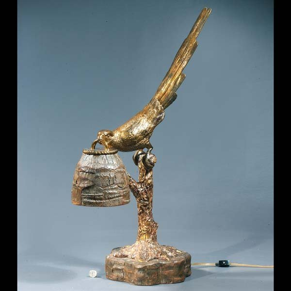 8: Maitland-Smith lamp, finely cast as a parrot with a