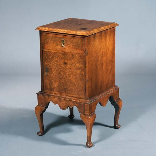 16: Queen Anne walnut side table with cabriole legs, pa