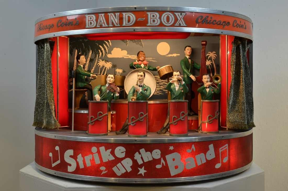 """230: CHICAGO COIN'S BAND-BOX MODEL 50-100, """"THE WORLD'S"""