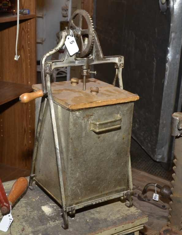 METAL BUTTER CHURN, UNMARKED