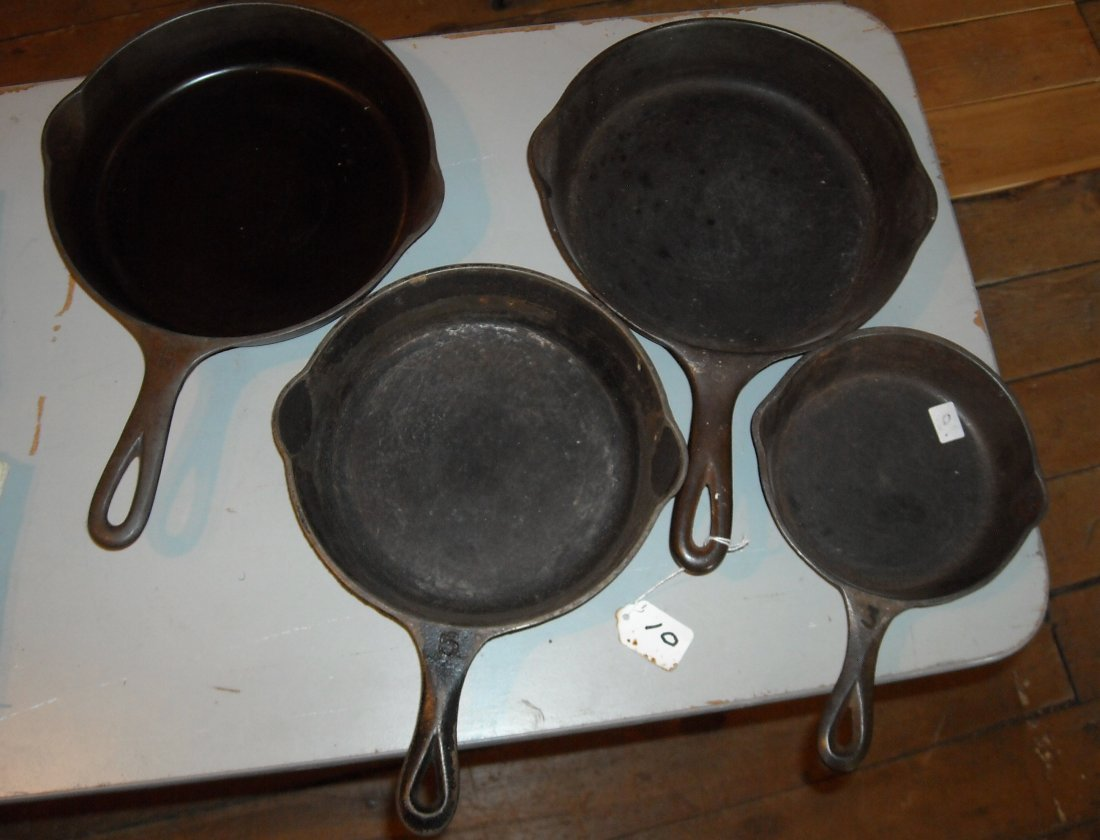 "4 CAST IRON SKILLETS,  9"" GRISWALD #6, 9"" WAGNERWARE"