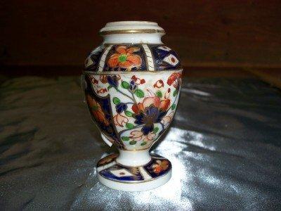 9A: Derby urn shaped vase, circa 1820