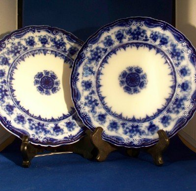 3: 2 English Flo Blue Plates