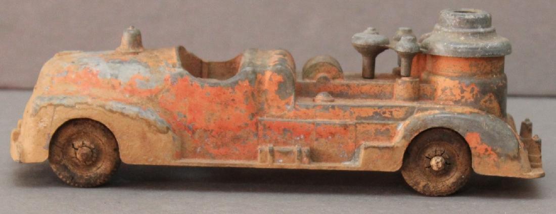 """cast alloy firetruck, 7.25"""" x 2.5"""""""