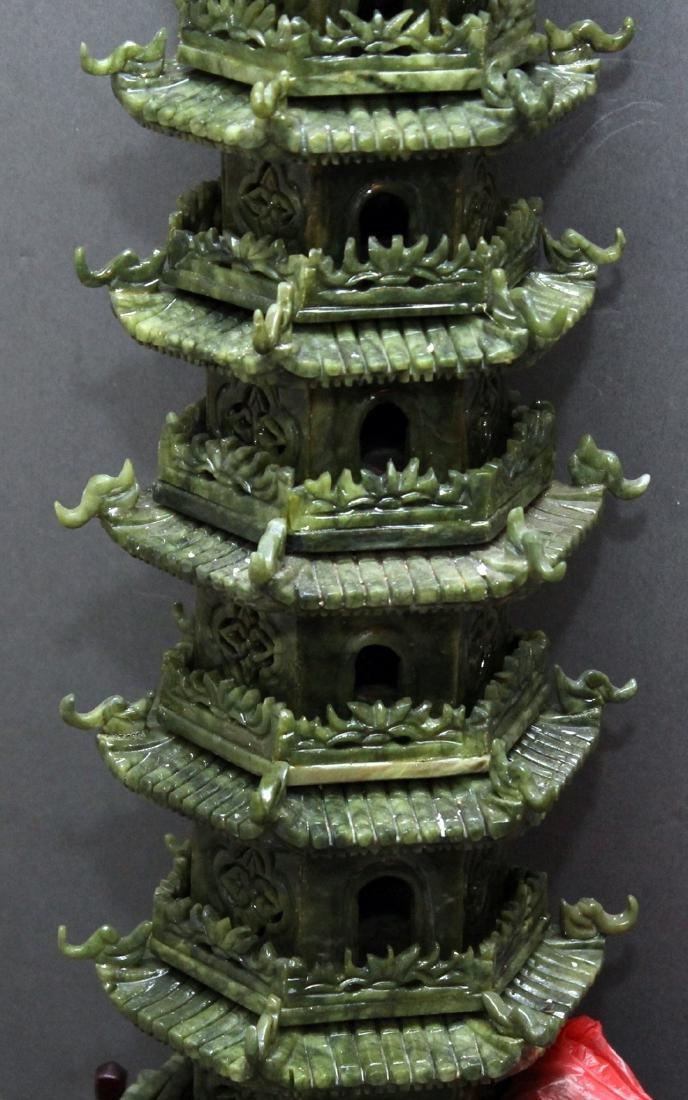 carved Jade hardstone pagoda, entrance is loose but - 3