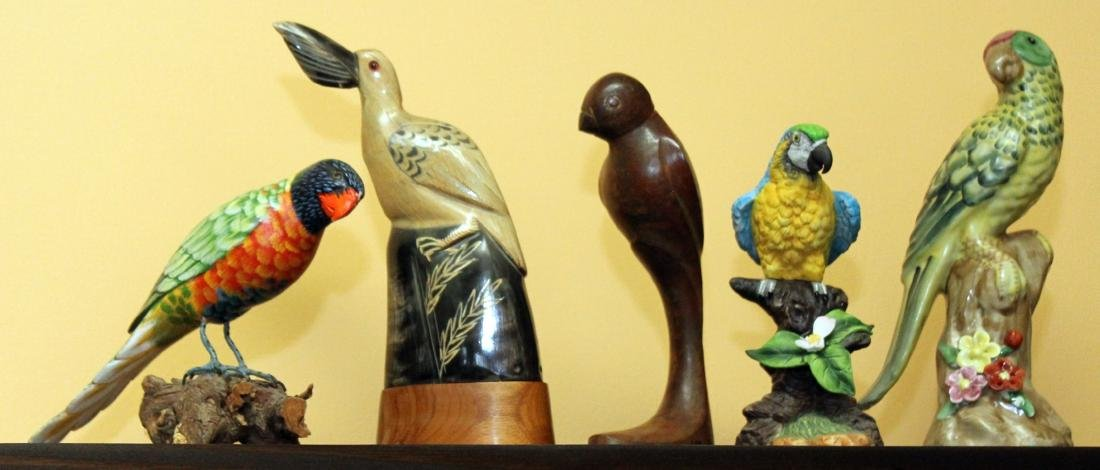 Group of 5 assorted birds, porcelain, cast metal, wood