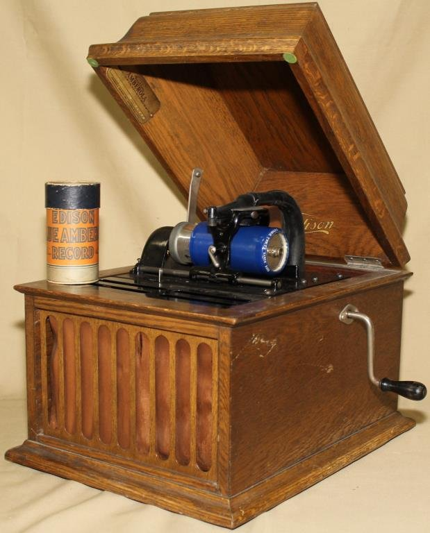 Edison table top cylinder player in oak case,