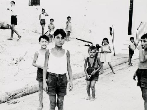 1B: MARIO GIACOMELLI (1925-2000); Selected images from