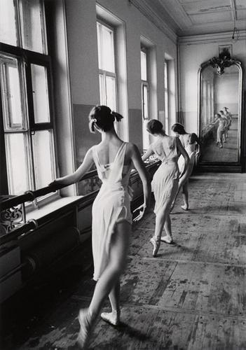 12B: CORNELL CAPA (1918-2008); Bolshoi Ballet, Moscow,