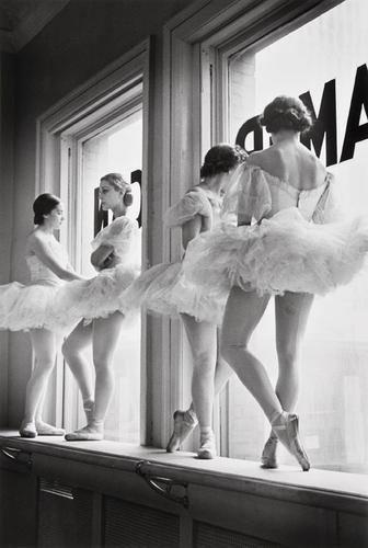7: Alfred Eisenstaedt (1898-1995) Future Ballerinas o