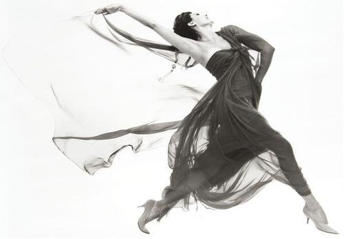 19: Richard Avedon (1923-2004) Cyd Charisse, Evening d