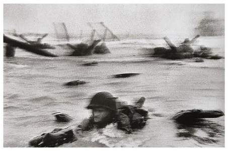 125: Robert Capa (1913-1954) Omaha Beach, Normandy coas